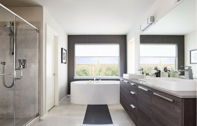 MainVue Homes Acoca Bath