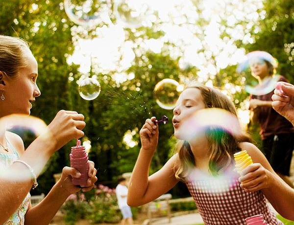 tehaleh-kids-blowing-bubbles.jpg