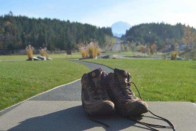 boots and mt 0332.jpg